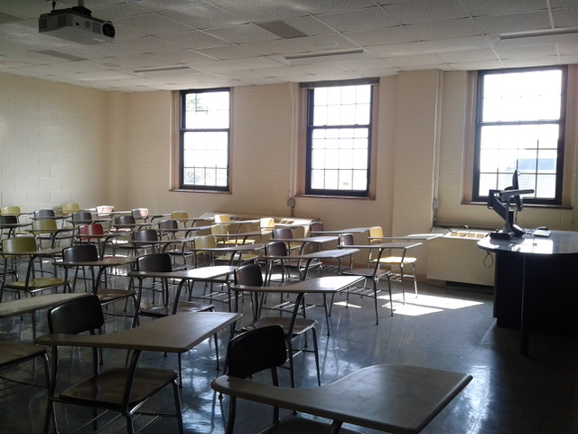 Image of college classroom