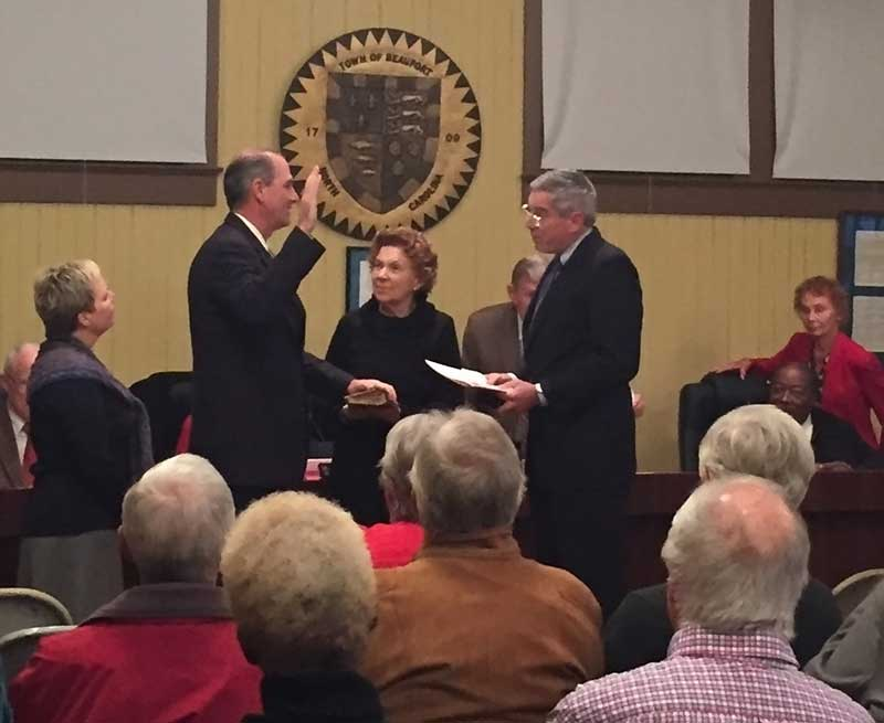 Newton sworn in as mayor